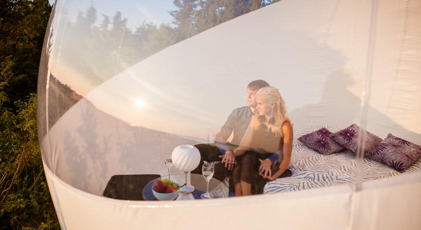 The bubble tent differs from the traditional c&ing tent in that it is decked out with shelves sofas portable wardrobes roll out beds and electric ... & Inflatable Clear Bubble Tent